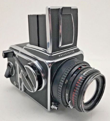 Hasselblad 500cm complete with 100mm planar f2.8 lens and A12 chrome 120 magazin